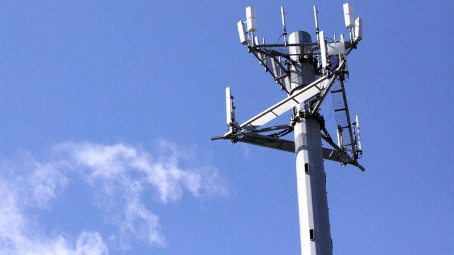 Vulnerability on 4G LTE allows hackers to spy on your phone